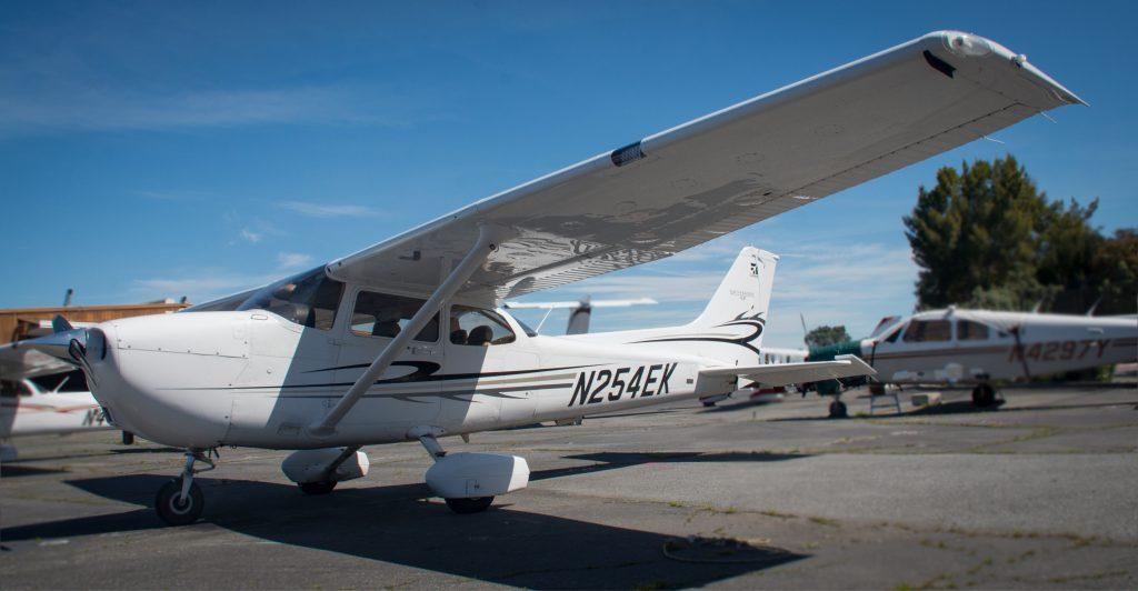 N254EK Advantage Aviation